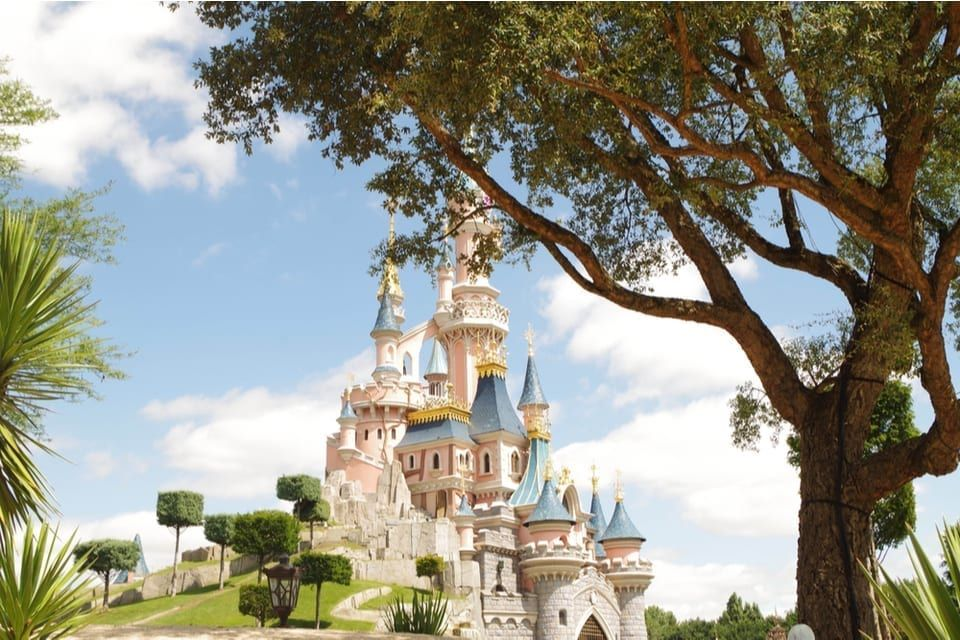 You Can Save Hundreds On A Disneyland Paris Holiday When
