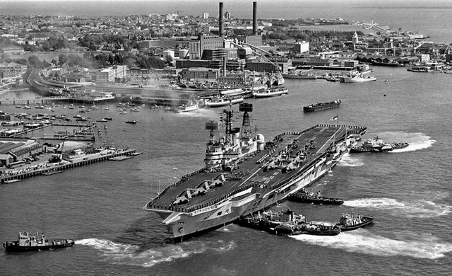 A marvellous photograph from Mike Nolan's collection. HMS Ark Royal berthing at South Railway Jetty in 1972.