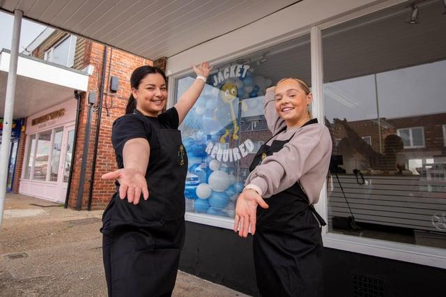 Ellie Langton and Maddie Kimber at their new shop. Picture: Habibur Rahman