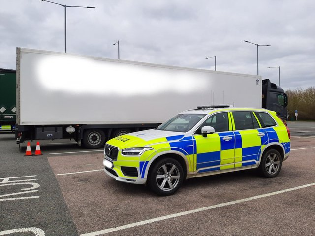 Hampshire Constabulary have joined with other forces to stop a total of 200 lorries in an effort to tackle people smuggling.
