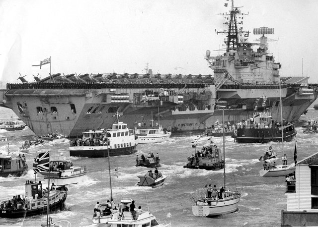 HMS Hermes, the aircraft carrier, returns from the Falklands in 1982. The News PP4829