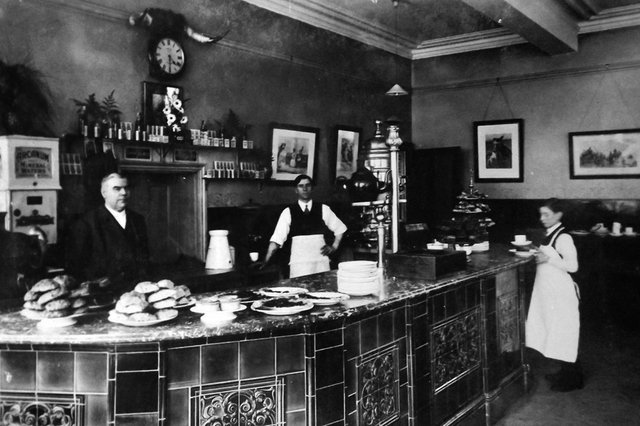 The bar at the Trafalgar Institute, Edinburgh Road. Picture: Barry Cox postcard collection.