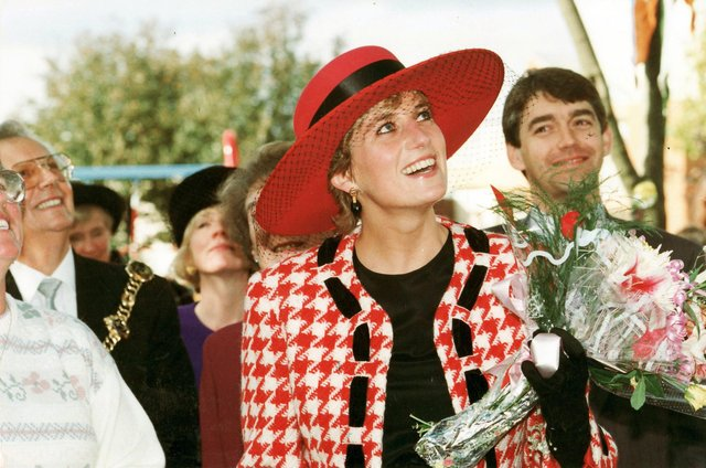 The Princess of Wales looks up at residents at Buckingham Green, Buckland, Portsmouth as their roar welcomes her, as she tours parts of Portsmouth after receiving the Honorary Freedom of the City on 16th October 1992