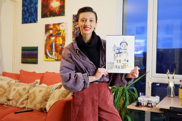 Highbury College student Hayley Paterson is celebrating selling her first painting.
