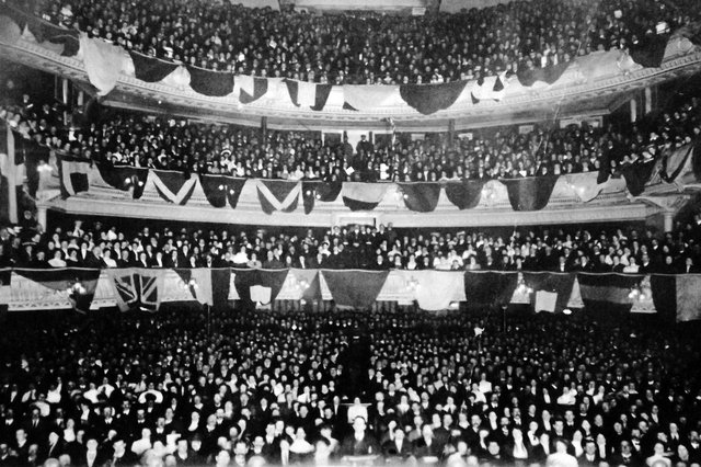 A packed Kings Theatre full of Crimean War and Indian Mutiny veterans. Picture: Robert James collection