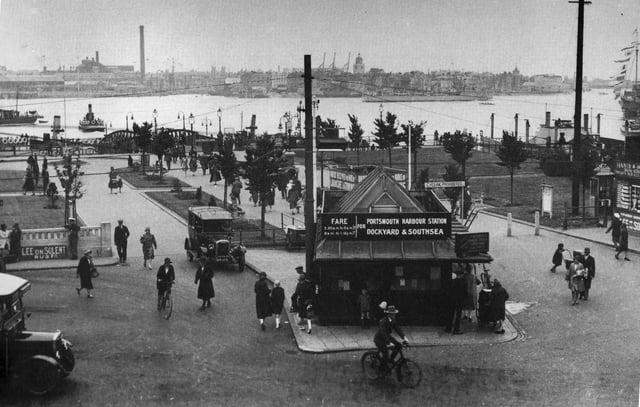 Gosport Ferry terminus, 1929