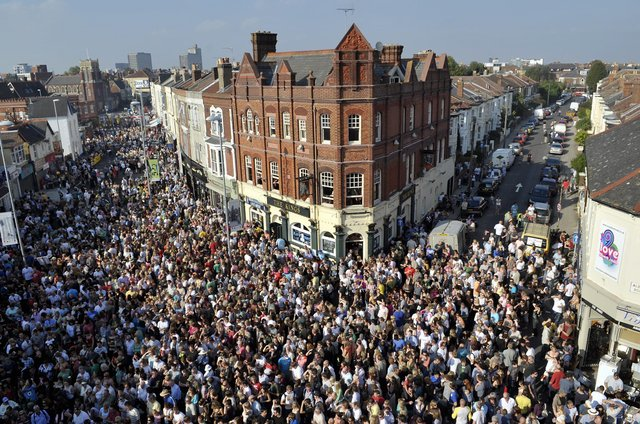 Thousands flock to make the most of Love Albert Road Day in 2008. PICTURE: ALLAN HUTCHINGS (083941-872)