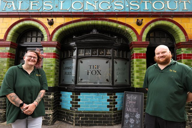 New publicans Bev and Phil Mitchell, The Fox Tavern, North Cross St, Gosport. Picture: Chris Moorhouse (jpns 030721-43)
