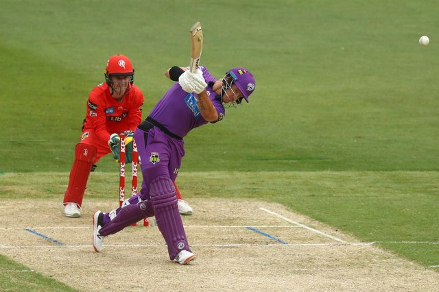 D'Arcy Short, seen here batting for the Hobart Hurricanes, will play for Hampshire in the 2021 Vitaliy Blast tournament. Photo by Mike Owen/Getty Images.