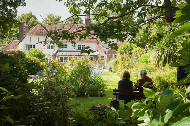 Hill Farm House opened its garden to the public to raise money for the Rowans Hospice.Picture: Keith Woodland (160005-009)