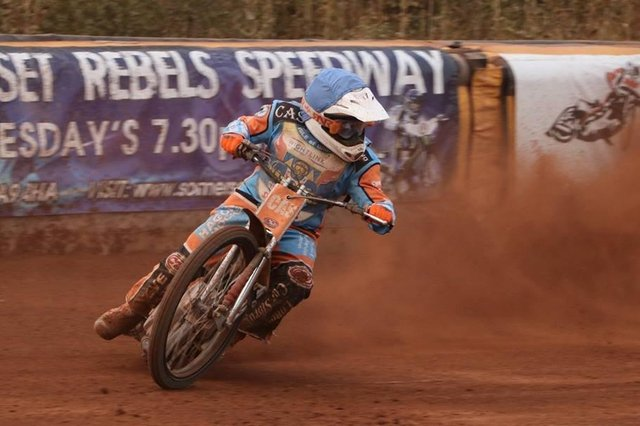 Danno Verge takes to the track in his previous spell with Wightlink Warrirors