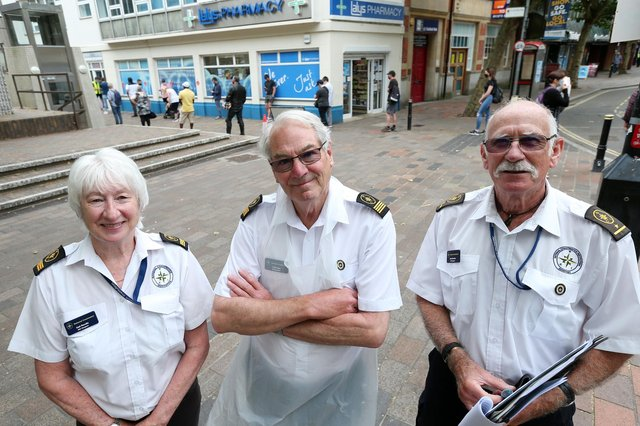 Volunteers from the National Coastwatch Institution, from left, Gail Rendle, Dr Chris Aps and Capt David Burden. Covid-19 Vaccination Centre at Lalys Pharmacy, Guildhall Walk, PortsmouthPicture: Chris Moorhouse (jpns 100621-12)