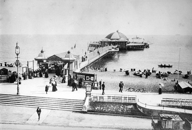 South Parade Pier in 1900 before it burned down. The News PP4144