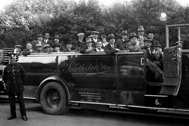 Sent in by Pat Arnold, of Portsea, we see a Brickwoods Brewery staff outing. Pat's in-laws, Jess and Fred Arnold , are in the centre, standing in the charabanc. What wonderful modes of transport these predecessors of the coach must have been. Rolling around the countryside in the open air.