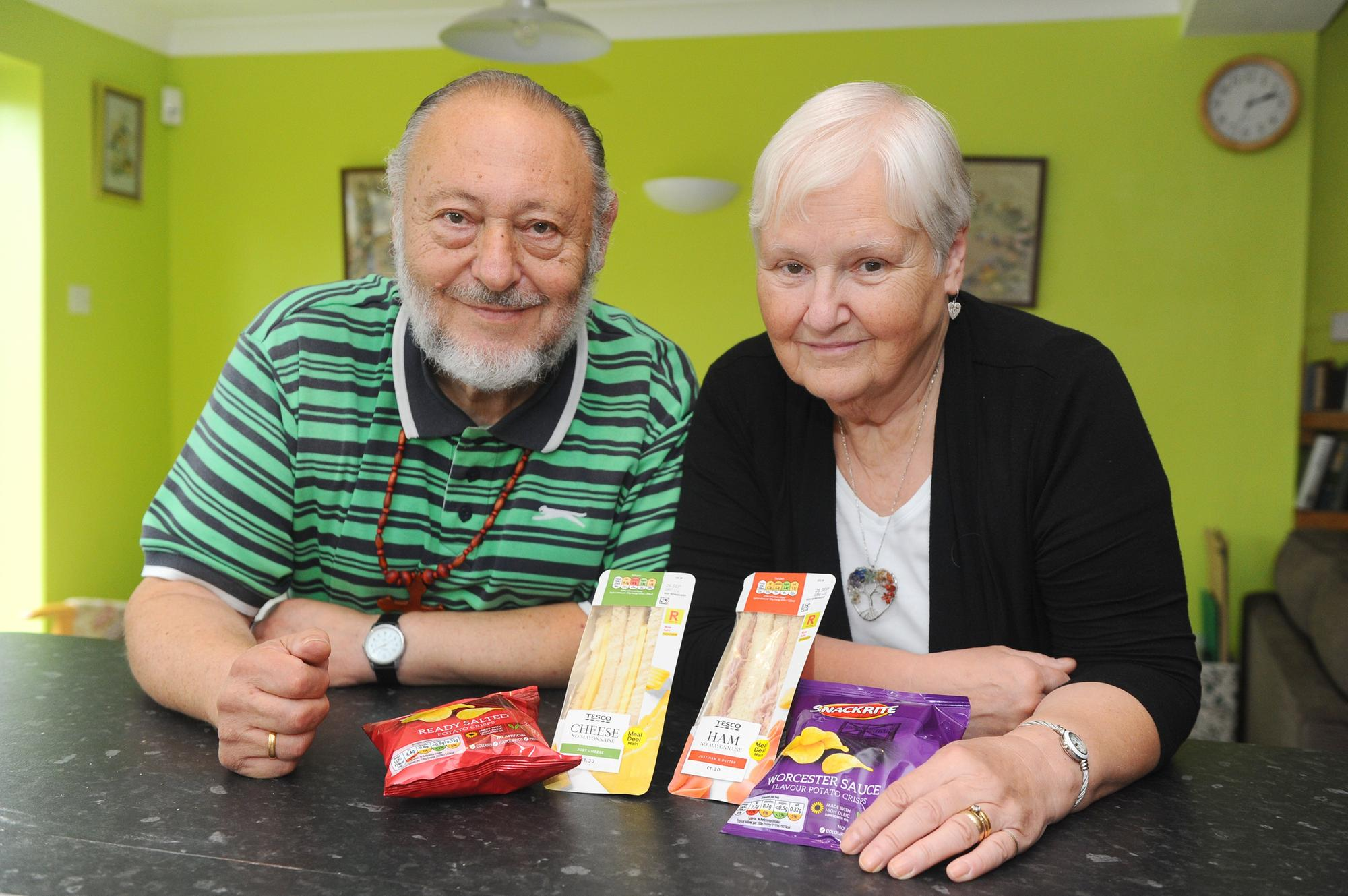 Kind Portsmouth couple offer free sandwiches to people struggling to feed families