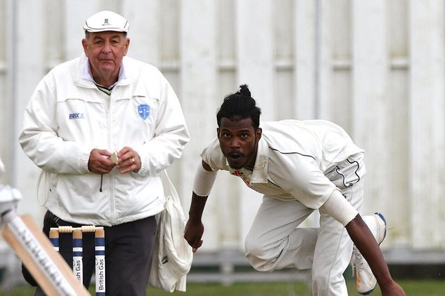 Ashan Silva took figures of 4-8 for Waterlooville. Picture: Neil Marshall (180616-025)