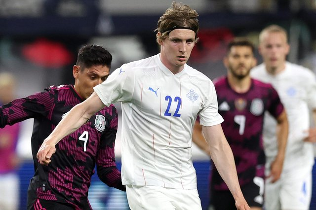 Jon Dadi Bodvarsson in action for Iceland. Picture: Ronald Martinez/Getty Images